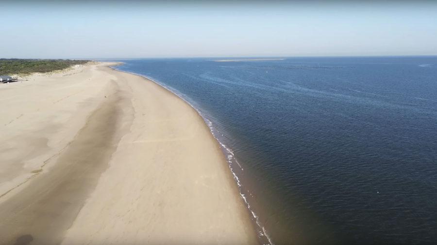 Drohnenaufnahmen am Strand von Renesse